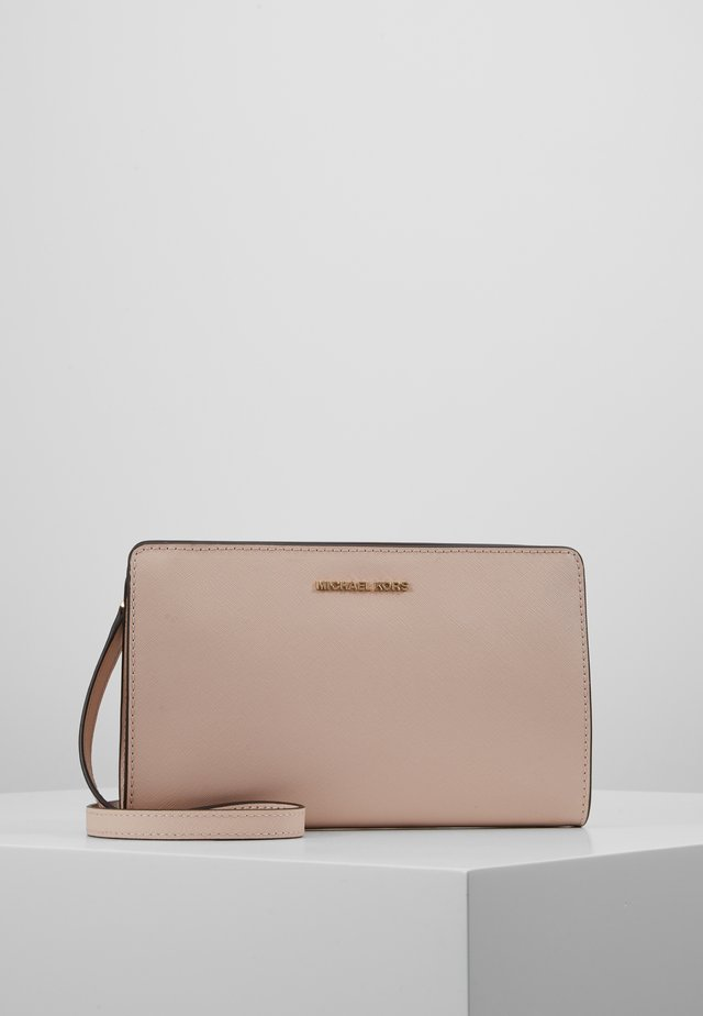JET SET TRAVEL CROSSBODY - Borsa a tracolla - soft pink