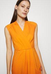Closet - WRAP PENCIL DRESS - Shift dress - rust - 3