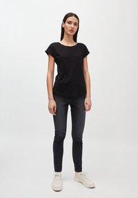 ARMEDANGELS - LAALE - Basic T-shirt - black - 1