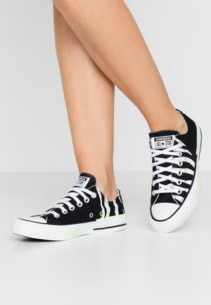 CHUCK TAYLOR ALL STAR - Trainers - black/egret/ghost green