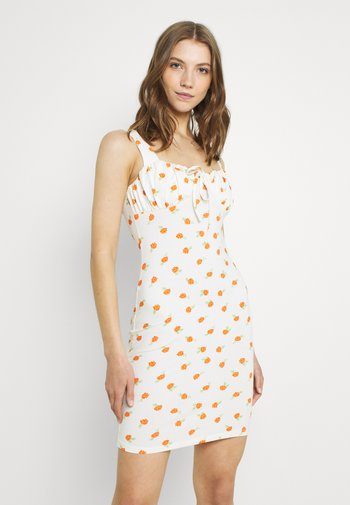 RUCHED BUST CUP MINI DRESS WITH WIDE STRAPS AND FRONT NECK - Vestido informal - white/orange/rose