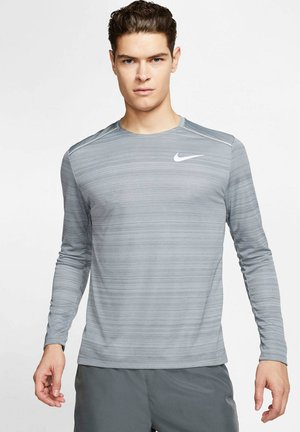 PERFORMANCE MADE FOR RUNNING LANGARM - Long sleeved top - hellgrau