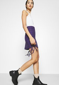 The Ragged Priest - CHECK MINI SKIRT - Minihame - purple - 3