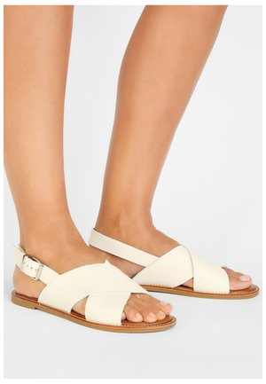 Sandals - mntrl bone nbn