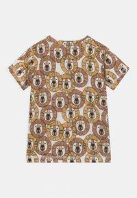 Hust & Claire - ANKER  - Print T-shirt - light brown - 1