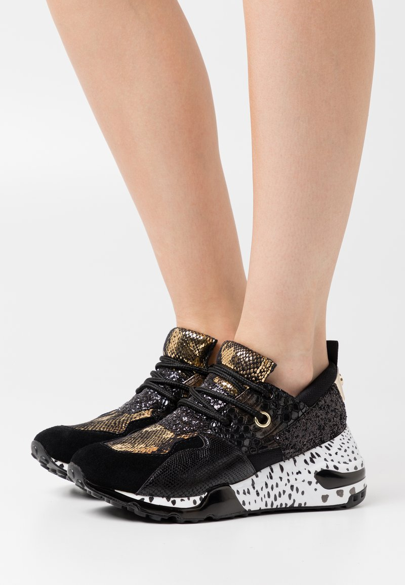Steve Madden - CLIFF - Zapatillas - black/gold