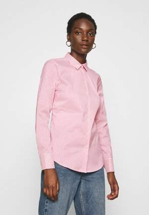 SALLY  - Button-down blouse - tabi/radiant carmine