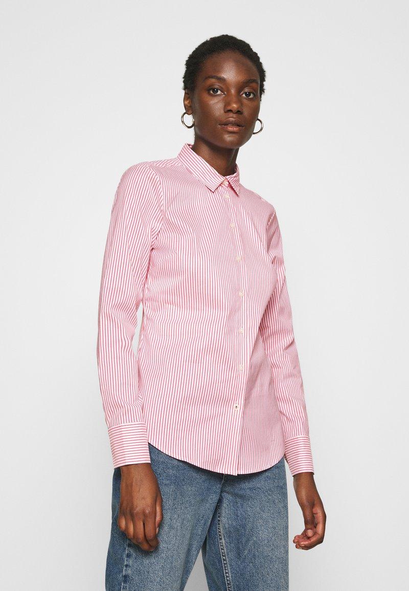 Tommy Hilfiger - SALLY  - Button-down blouse - tabi/radiant carmine