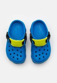 Crocs - Chanclas de baño - bright cobalt - 3