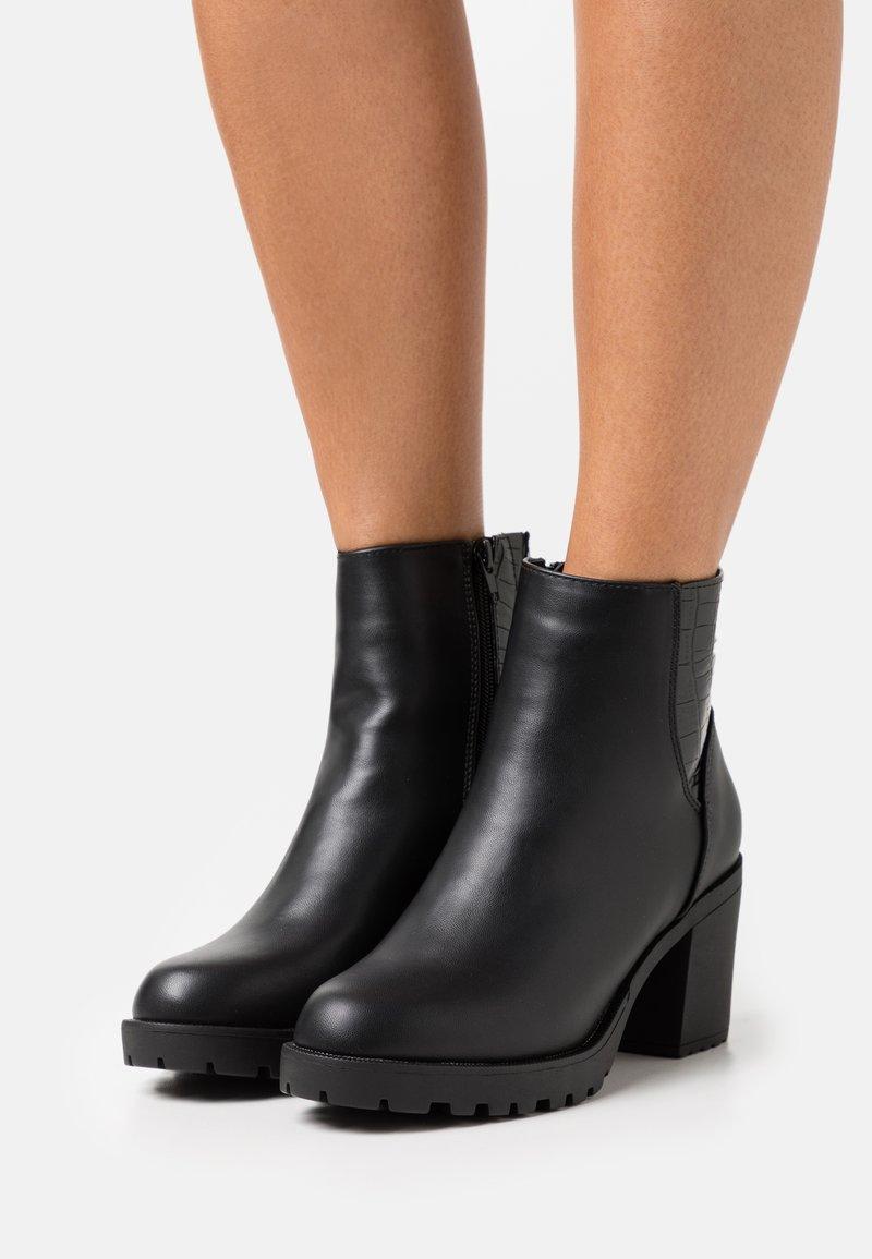 Anna Field Wide Fit - Kotníkové boty - black