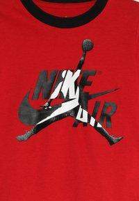 Jordan - JUMPMAN CLASSIC JOGGER SET - Träningsset - black/gym red - 4