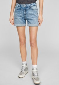 QS by s.Oliver - Denim shorts - light blue - 0