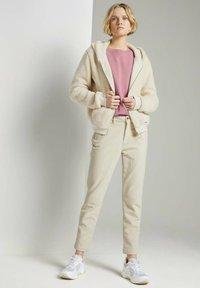 TOM TAILOR DENIM - Sweatshirt - cozy rose - 1