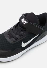 Nike Sportswear - WEARALLDAY UNISEX - Sneakersy niskie - black/white - 5