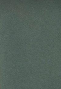 MY TRUE ME TOM TAILOR - V-NECK - Basic T-shirt - washed jasper green - 2