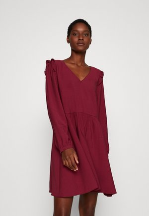 ONDINE - Day dress - rouge farmer
