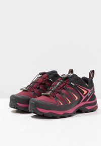 Salomon - X ULTRA 3 GTX  - Hiking shoes - tawny port/black/living coral - 2