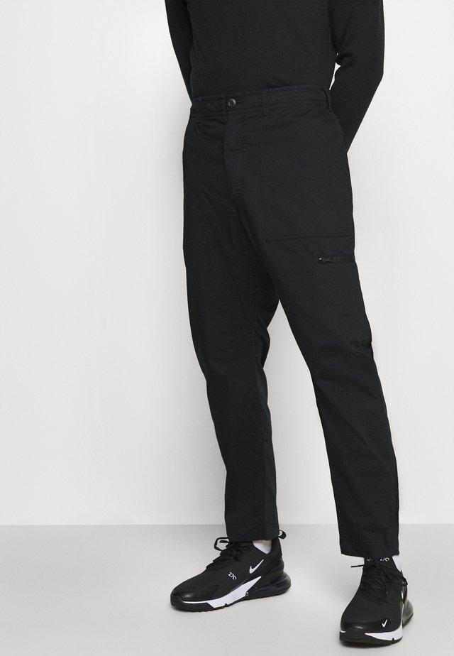 NOVELTY PANT - Broek - black