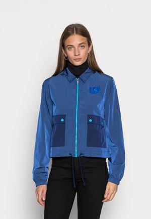 ESSEN WOVEN  - Summer jacket - game royal/blue void/blue lagoon