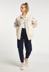 myMo - UTILITY - Light jacket - creme - 1