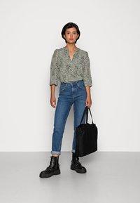 YAS - ZEO GIRLFRIEND - Slim fit jeans - light blue - 1