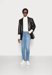 Liu Jo Jeans - UP FABULOUS - Jeans Skinny Fit - denim blue clear vibes - 1