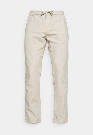 ELASTIC WAIST PANTS - Pantalones - off white mix