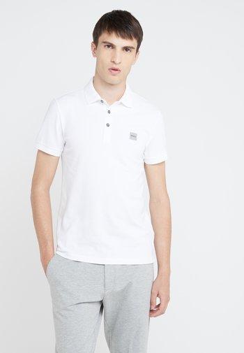 PASSENGER  - Polo shirt - white