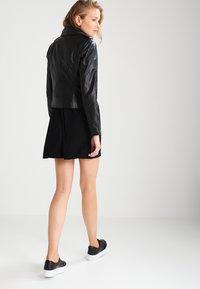 Ibana - BEAR BLAZE - Veste en cuir - black - 2