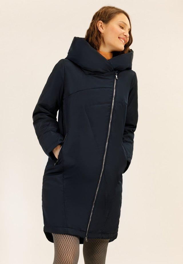 MIT GROSSER KAPUZE - Winter coat - cosmic blue