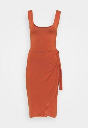 Žerzejové šaty - brown