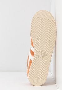 Gola - BULLET - Sneakersy niskie - peach/offwhite - 4