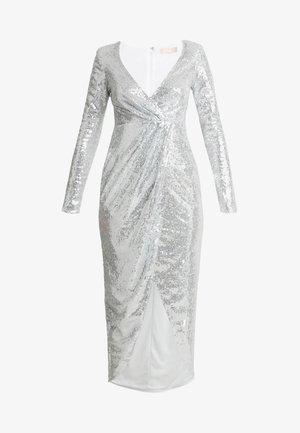 SEQUIN WRAP GOWN - Vestido de fiesta - silver