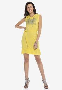 Cipo & Baxx - Jersey dress - yellow - 1