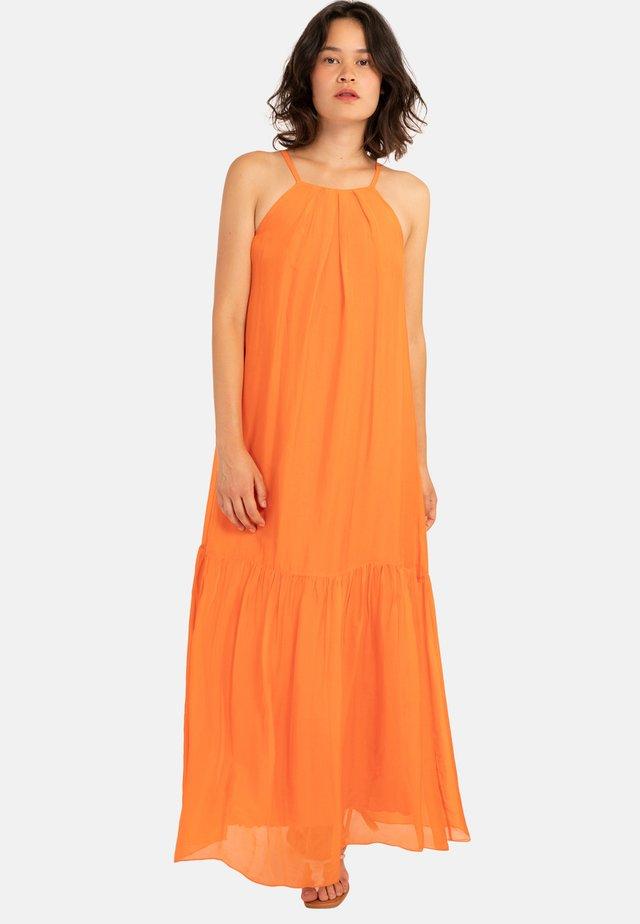 ATIKA - Robe longue - orange
