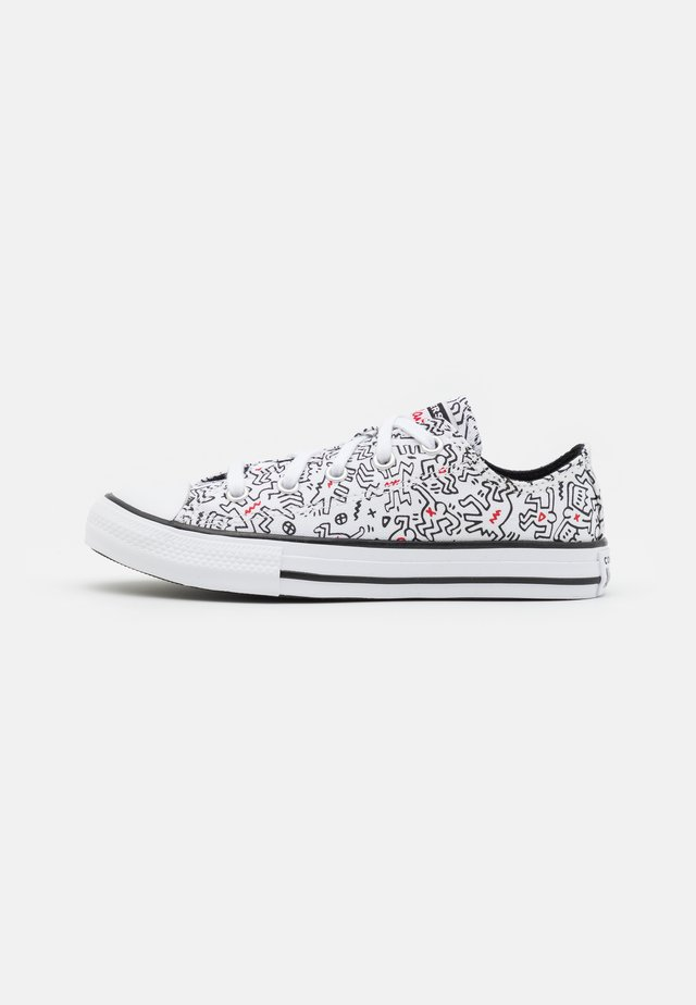 CHUCK TAYLOR ALL STAR UNISEX - Sneaker low - white/black/red