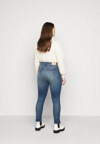 Calvin Klein Jeans Plus - HIGH RISE SKINNY ANKLE - Skinny džíny - 1a4 - 2