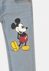 Levi's® - MICKEY MOUSE 511 SLIM UNISEX - Slim fit jeans - light-blue denim - 2