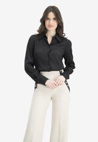 Nicowa - Button-down blouse - black - 0