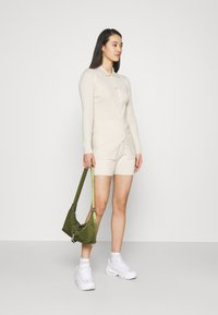 Missguided - LONGLINE CARDIGAN AND BUTTON CYCLING SET - Cardigan - cream - 1