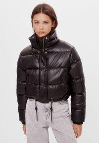 Bershka - Zimní bunda - black - 0