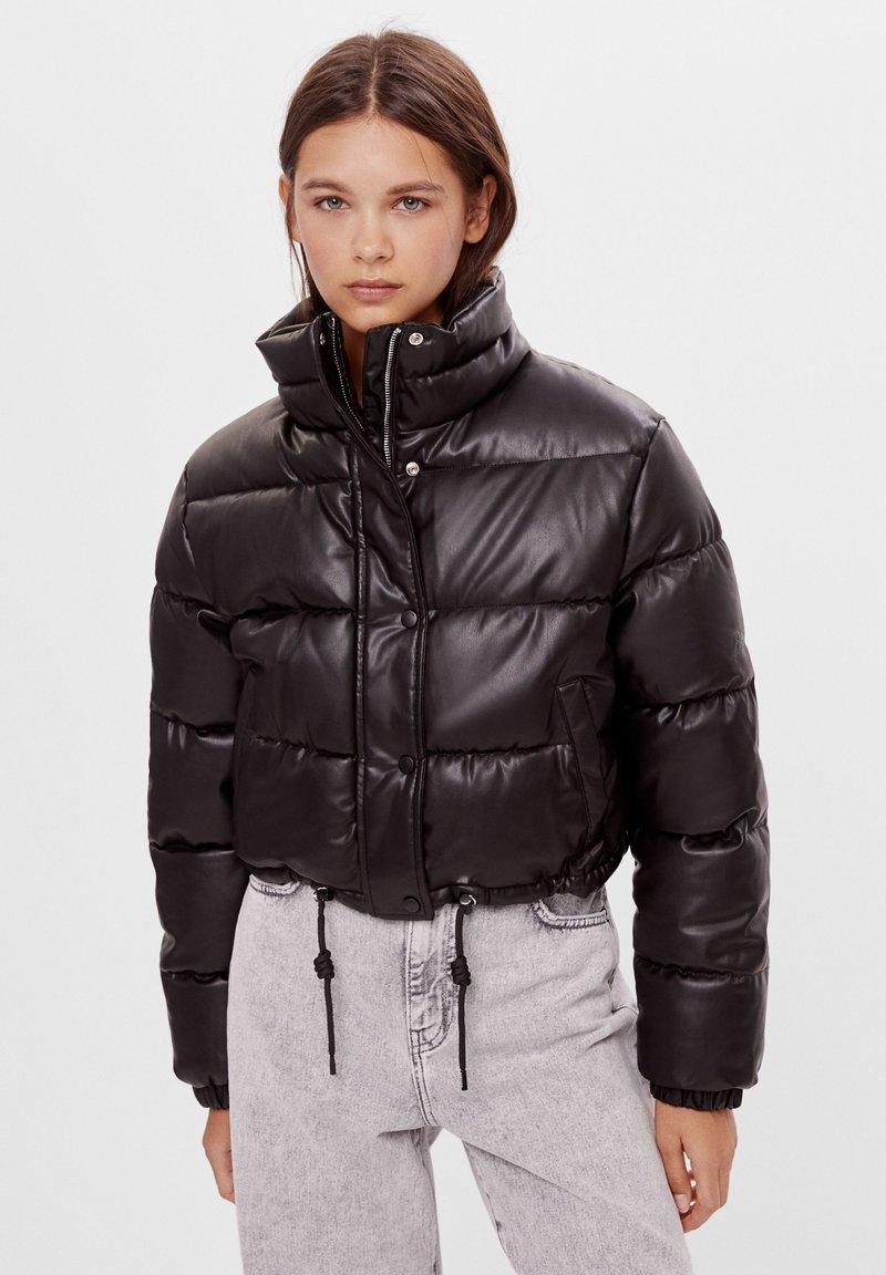 Bershka - Zimní bunda - black