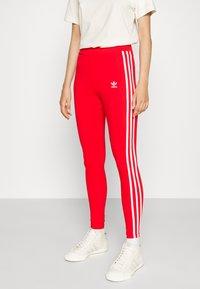 adidas Originals - STRIPES COMPRESSION - Leggings - Trousers - red - 0