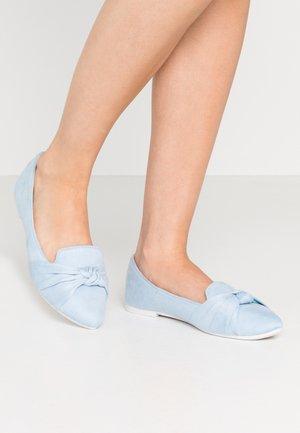 BARCELONA - Scarpe senza lacci - baby blue