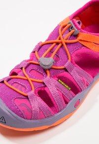 Keen - MOXIE  - Walking sandals - purple wine/nasturtium - 2