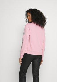 KARL LAGERFELD - RHINESTONE LOGO - Sweatshirt - pink - 2