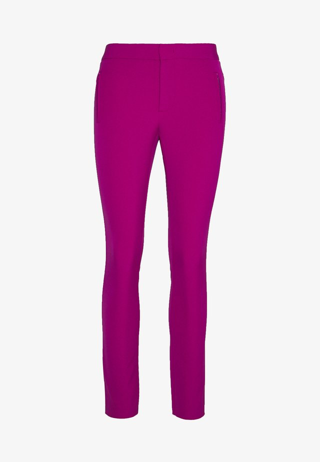 RED CARPET PANTS - Kalhoty - funky purple
