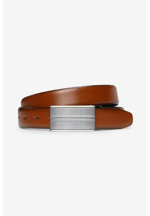 BLACK/TAN SIGNATURE REVERSIBLE ITALIAN LEATHER PLAQUE BELT - Belt - brown