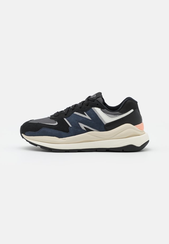 W5740 - Trainers - navy