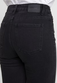 ONLY - ONLEMILY RAW - Jeans Skinny - black denim - 4